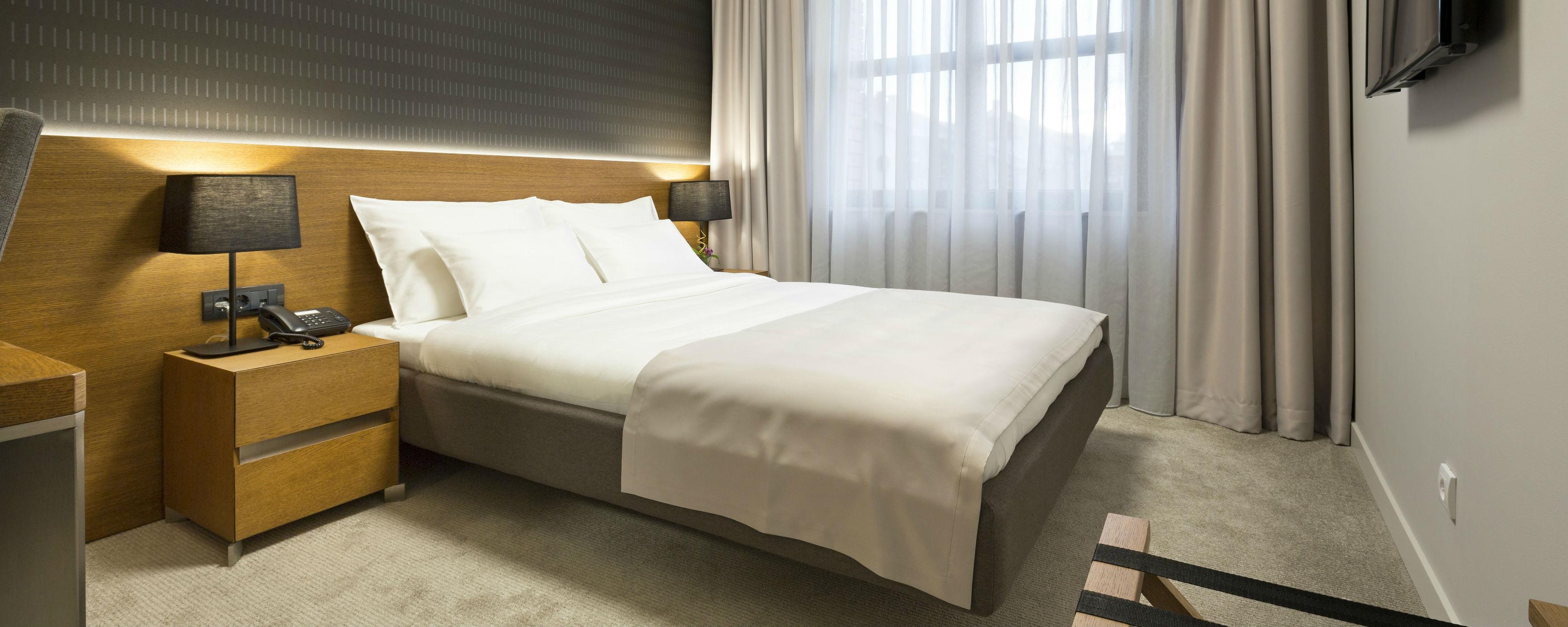 Hospitality Beds