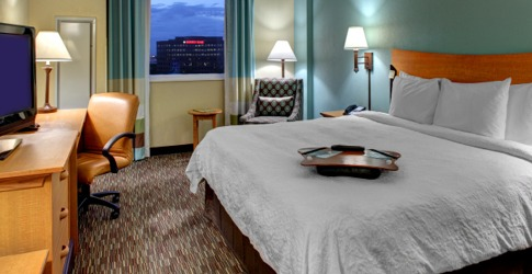 Free shuttle hotel near sanford airport terminal with free breakfast soon after Notting Hill