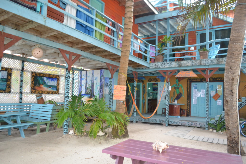 yumas-hostel-belize-caye-caulker-hostel