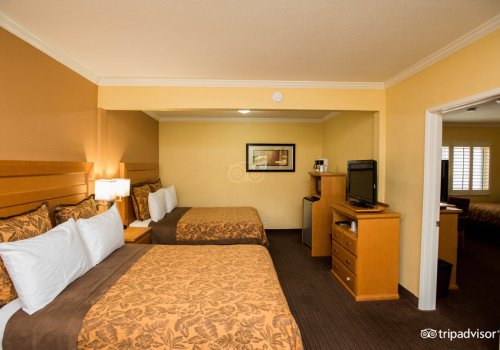 Hotels near disneyland with free breakfast tours, vehicle